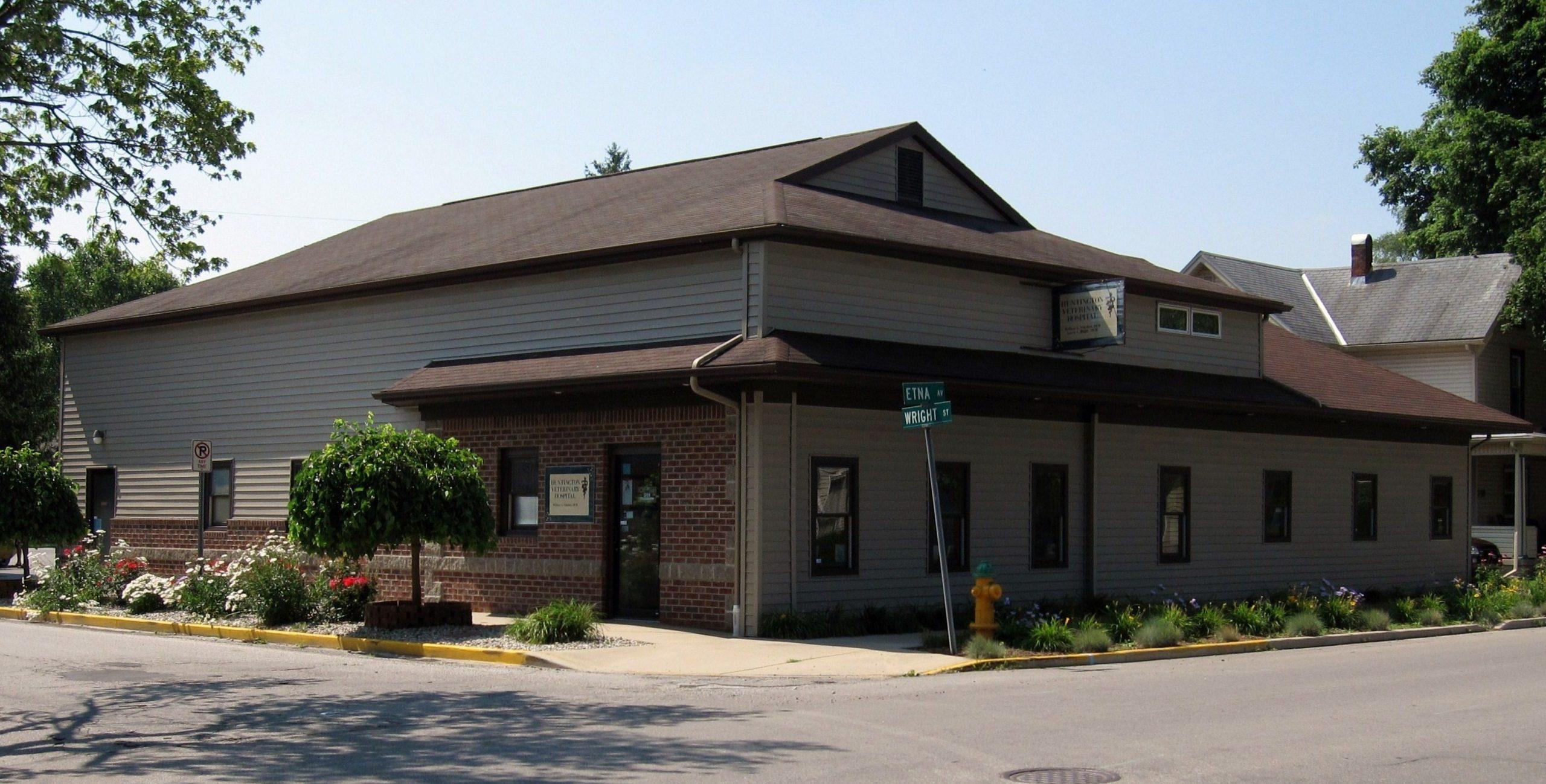 Veterinarian in Huntington, IN